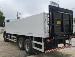 Plataforma hidráulica para caminhão